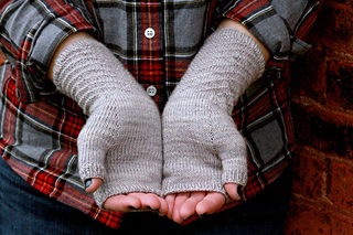 Adrift_mitts_palm_small2