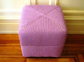 Cube_stool_006_small2