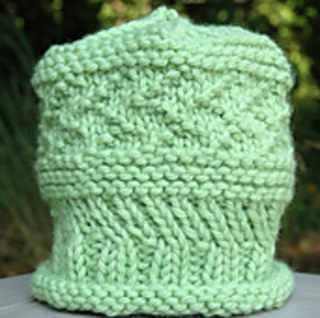 Ellie_hat_1038_rav_small2