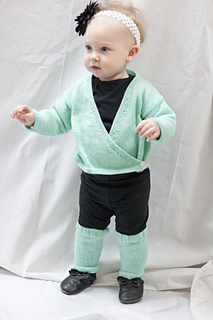 Baby_ballet_wrap_and_leg_warmers_small2