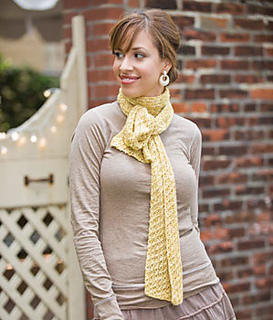 Hourglass-eyelet-scarf_small2