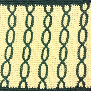 Crochet_embroidery_closeup_small2