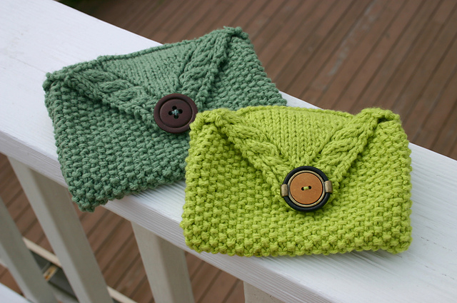 Libby's Seed and Cable Clutch by Sarah Gettel