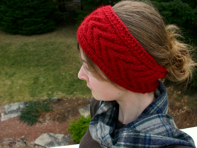Horseshoe Cable Headband by Sarah Gettel