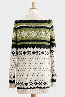 Chunky_snowflake_cardigan_pattern3_small2