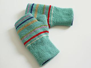 Reversible_fingerless_glove_light_blue_stripe_small2