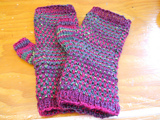 Yankee_swap_mitts_small2