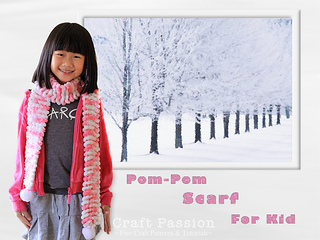 Pompom-scarf-for-kid-1_small2