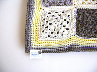 Grey_yellow_5_small2