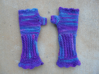 My_grape_fizz_victorian_texting_gloves_small2