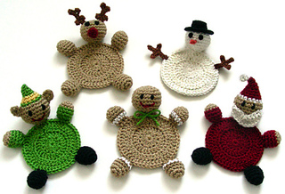 Crochet_christmas_character_coasters_small2