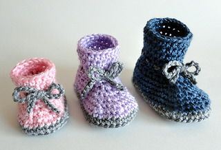 Classicbabybooties2_small2