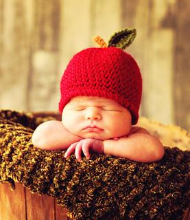 Apple_hat_22_small2