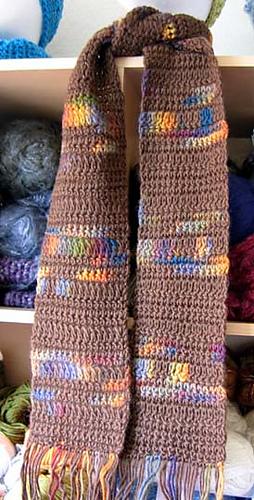 Simple_crocheted_scarf_brown_in_kr_medium