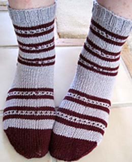 Coos_stripe_foot_pair_a_small2
