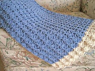 Cozy_comfort_shawl_blue_cream_3_small2