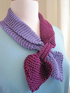 Heart_to_heart_scarf_2_small2
