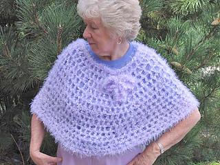 Soft_crochet_capelet_whole_fix_small2