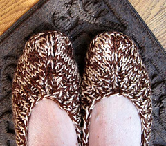 Ballet_style_slippers_brown_tweed_slippers_from_top_small