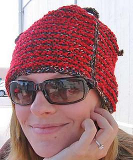 One_row_tweed_stripe_hat__on_c_fix_small2