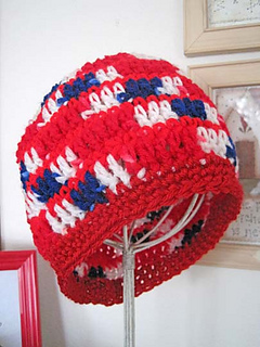 Red_beanie_3_small2