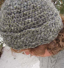 Banded_shell_hat_on_k_side_fix_small