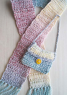 Childs_scarf_pocketbook_new_brt_small2
