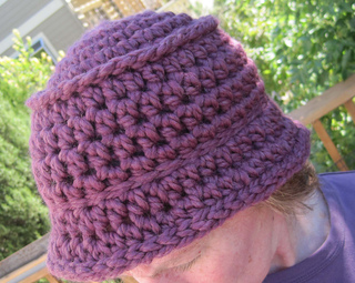 Chunky_bucket_hat_plum_on_k_2_small2