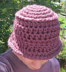 Chunky_bucket_hat_plum_on_k_3_small