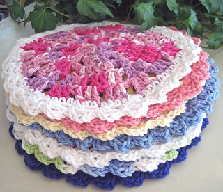 Wedgy_edgy_dishcloths_in_a_stack_res_small2