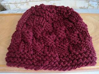 Chunk_a_block_hat_burgundy_flat_small2