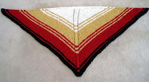 Easy_knit_shawl_red_gold_flat_medium