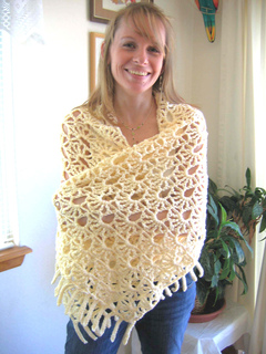 Lacy_fans_shawl_wrapped_bright_small2