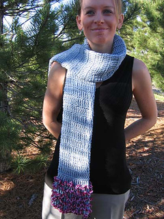 Wacky_fun_tube_scarf_2_in_forest_small2
