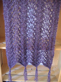 Violet_cloud_shawl_hanging_small2