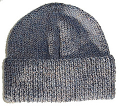 Aran_hat_on_white_background_flat_small