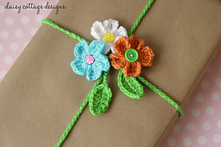 Flower-gift-wrap_small2