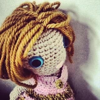 Doll_hairrav_small2