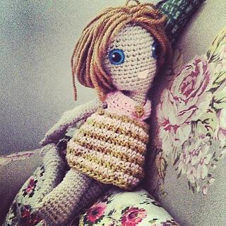 Doll2rav_small2