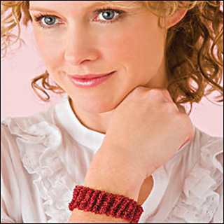 Ruched_bracelet_300_small2