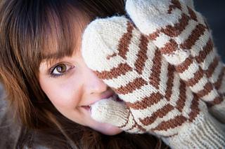 Elegant_economy_knitwear_designs-elegant_economy-0200_small2