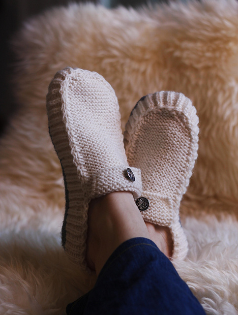 All Seasons Slippers by Eline Oftedal