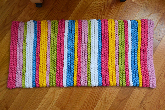 Crochet in color stripey spring rug instructions for Easy rugs