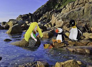 S_mermaid_fish_puffin___penguin_small2