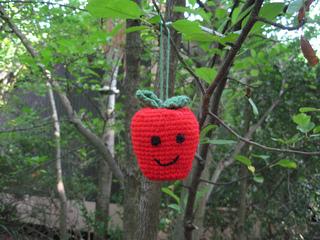 Crochetapple_small2