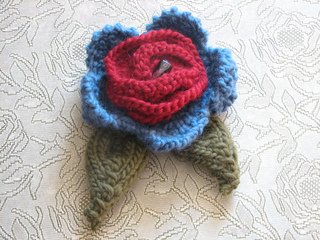 Flower_brooch_002_small2