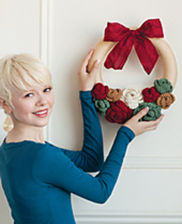 Holly_20wreath_small2