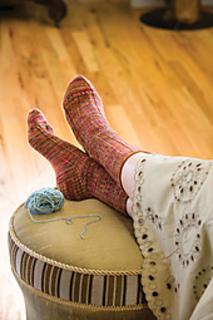 Herringbone-rib-socks_kristi-schueler_small2