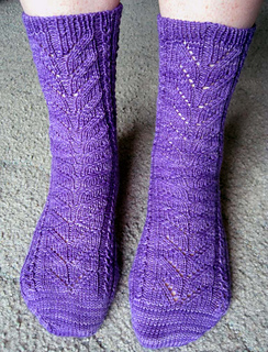 2_purple_socks_small2