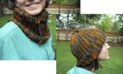 Free Crochet Convertible Cowl Pattern : The New Crochet Cowl Scarves: December 2010